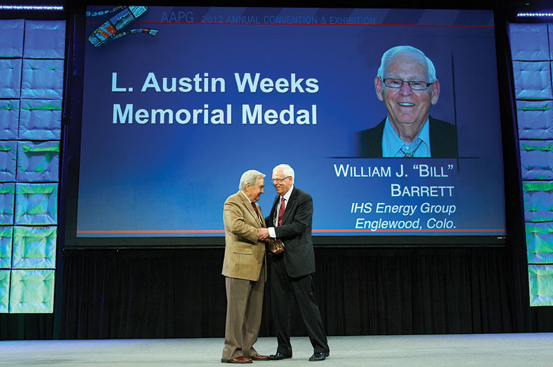 AAPG Foundation Chairman Bill Fisher presents the Weeks Medal to Bill Barrett in Long Beach.