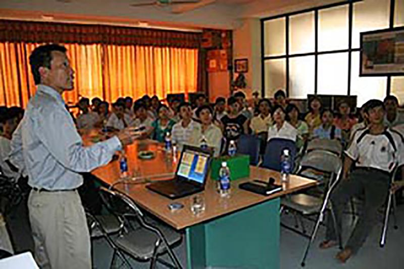 Yusak Setiawan conducted his first Distinguished Lecturer tour in 2008 at Hanoi University of Mining and Geology. He offered a general overview of the petroleum industry and potential careers in the petroleum industry then, and today he continues to talk to students and other groups about the profession and AAPG.