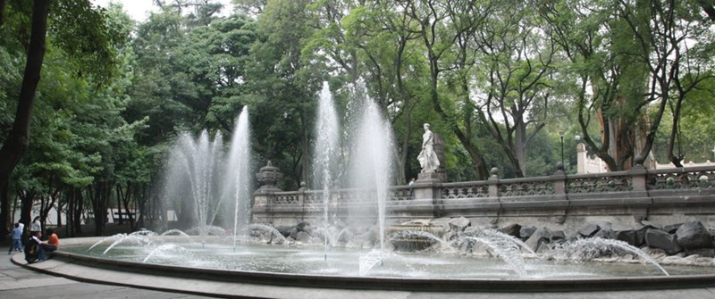 Fountain, Chapultepec Park - Mexico City