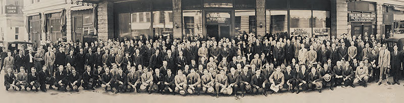 AAPG quickly grew in numbers and branched out geographically. Shown here, the 1923 meeting in Shreveport, La.